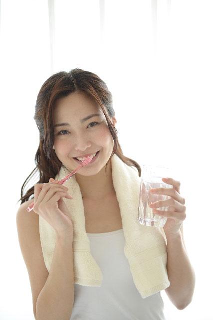 歯のホワイトニングにはどんな方法があるの?ホワイトニングの種類と特徴を解説!01